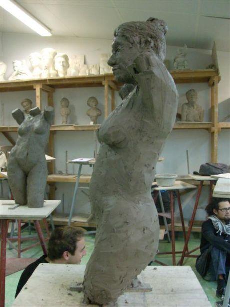 Buste féminin (profil gauche)